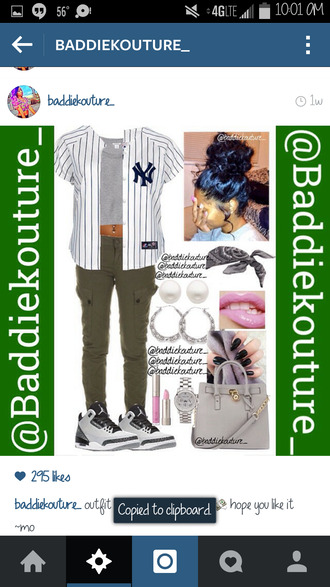 baseball tee urban outfit outfit idea baddiekouture_ bag jewels instagram jersey yankees grey crop top bandana ootd