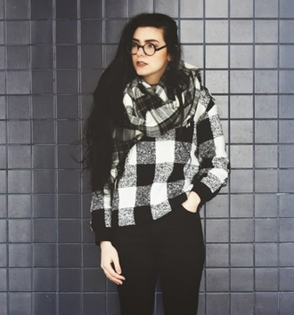 sweater drop shoulder checked wool blend sweatshirt style plaid fashion black and white fall