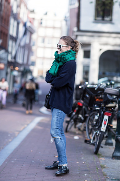 after drk jeans sunglasses blogger scarf flannel scarf forest green