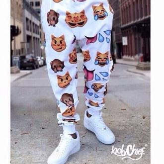 emoji pants cats