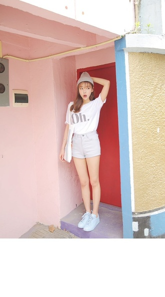 shorts white crop tops shoes fashion clothes indie pretty beautiful high waisted shorts white jeans white shorts japan korean fashion white crop tops blue shoes style top
