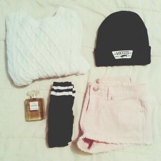 sweater beanie vans pink short chanel white black hat