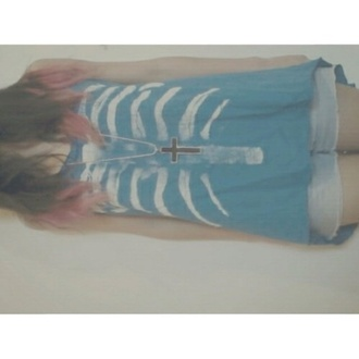 tank top blue muscle tank muscle tee skeleton skeleton tee skeleton print soft grunge teenagers grunge light blue blue