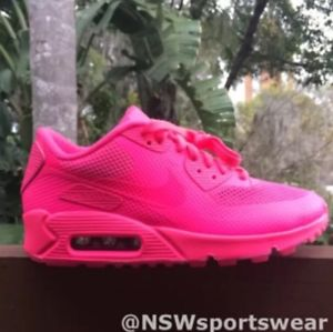 purchase cheap 3eda4 9cd00 Nike Air Max 90 Hyperfuse Prm Hyper Pink Customs Women size 6 nikeid solar  red
