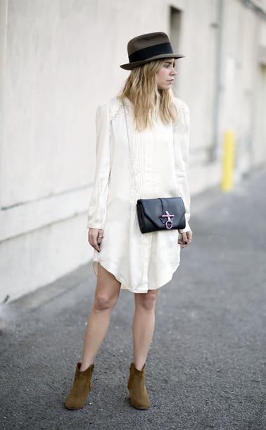 always judging dress bag shoes hat