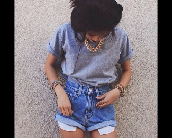 t-shirt baggy tshirt grey cool cute love fashion amazing top shorts necklace gold