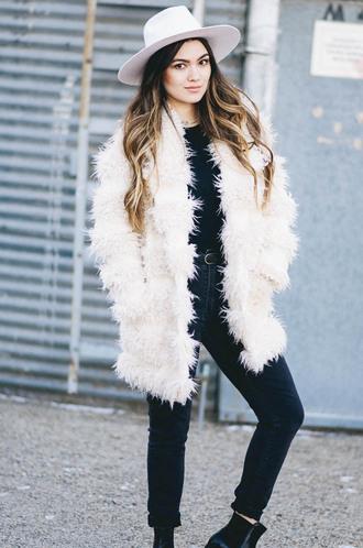 goldenswank blogger coat jeans hat belt shoes top fur coat felt hat ankle boots