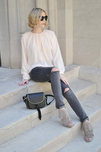 straight a style blogger sunglasses bag blouse long sleeves white blouse ripped jeans grey jeans black bag grey heels fringe shoes