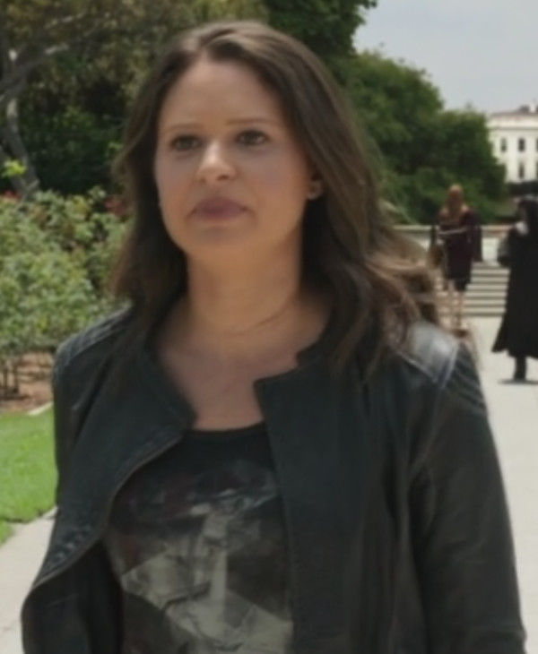 jacket katie lowes scandal leather jacket t-shirt