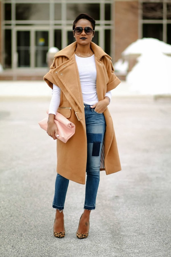 the daileigh coat t-shirt pants sunglasses bag shoes
