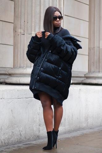 jacket black puffer jacket black heeled boots blogger sunglasses
