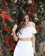 top,reformation,white top,white crop tops,crop tops,off the shoulder,off the shoulder top,skirt,white skirt,summer outfits,all white everything