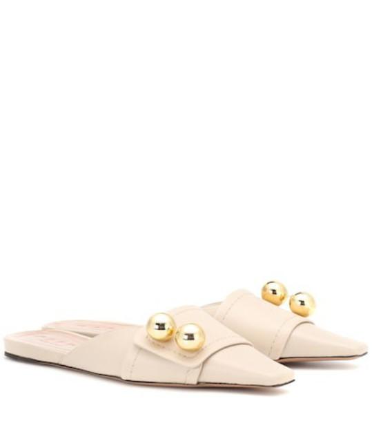 Marni Leather slippers in beige / beige