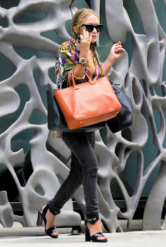 olsen mary kate olsen orange bag shoes olsen sisters sunglasses bag