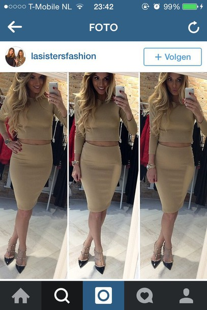 skirt top crop tops fashion nude long sleeves beige pencil skirt mode crop tops