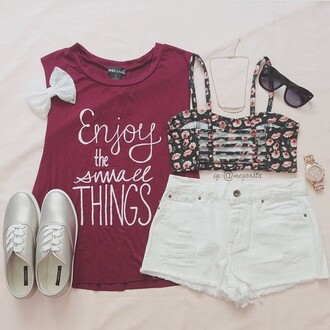 shirt red shirt saying sleevless shirt top red cute enjoythelittlethings enjoy the small thinga things quotw quote on it burgundy bow t-shirt underwear blouse floral bralette vibes jeans shorts sunglasses red top muscle tee bralette denim shorts