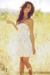dress,white,floral,thin straps,clothes,green,green dress,vanessa hudgens,pastel dress,pastel,mini dress,sundress,summer,bright sundress,floral dress,yellow and white dress