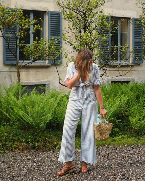 blogger jumpsuit bag shoes striped jumpsuit spring outfits sandals basket bag straw bag