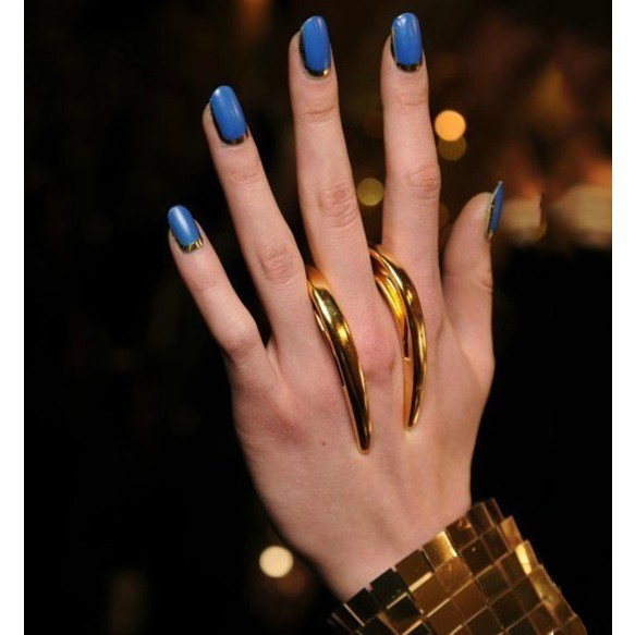 Gothic Style Hook Rings at Style Moi