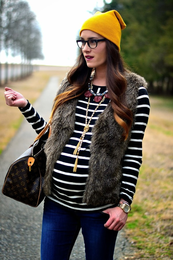 book of leisure sweater hat shoes jewels mustard maternity
