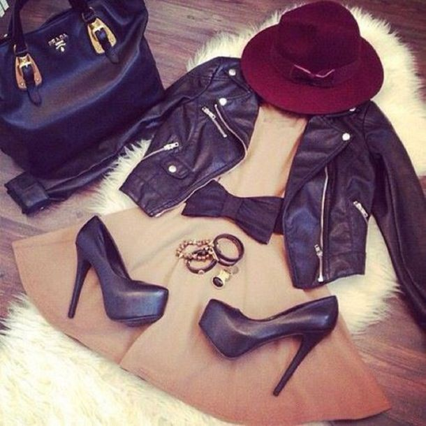dress high heels black bow bows jewelry jewels perfecto beige beige dress black purse jacket hat bag shoes leather jacket black heels burgundy hat
