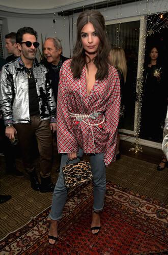 blouse jeans purse sandals model off-duty emily ratajkowski