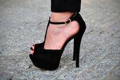 shoes,high heels,black,elegant,heels,peep toe,open shoes,party,platform shoes,cute,fashion,gold,black heels,black high heels,platform high heels,pumps,cute high heels,open heels,gorgeous,strappy heels,t-strap heels