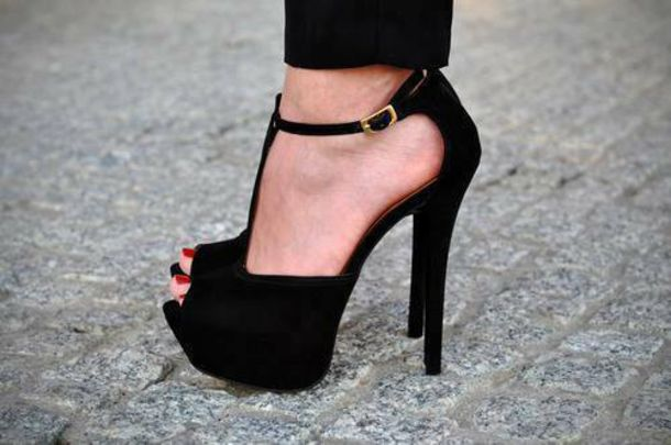 Cheap online clothing stores Cheap black shoes for women
