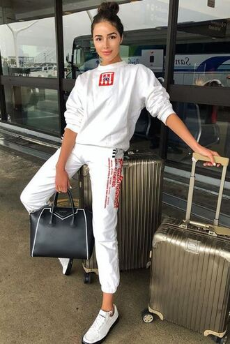 sweater sweatshirt pants sweatpants sneakers olivia culpo white instagram