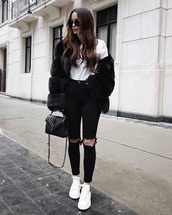 jacket,black jacket,black fur jacket,fur jacket,white t-shirt,t-shirt,jeans,black jeans,ripped jeans,white sneakers,sneakers