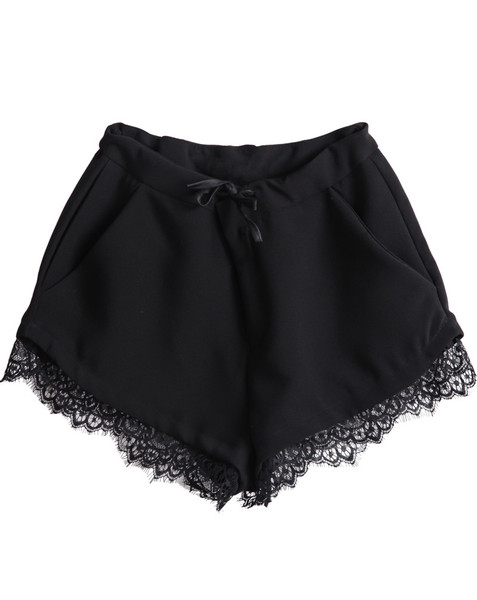Delila Trim Lace Shorts   Outfit Made