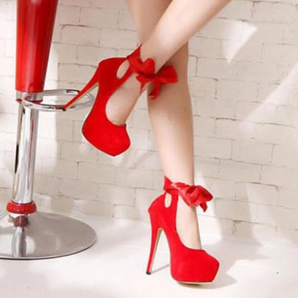 shoes red high heels red chain