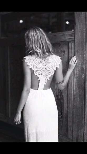 dress white dress formal dress white pretty prom dress prom wedding dress hipster wedding country wedding lace white maxi dress with lace back white #dress #lace lace dress backless dress crochet dress crochet cute dress boho boho chic gypsy festival fashion cute maxi chiffon ball maxi dress beautiful back boho wedding beautiful wedding