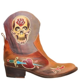shoes boots cowboy boots tattoo cowgirl fall boots brown leather boots