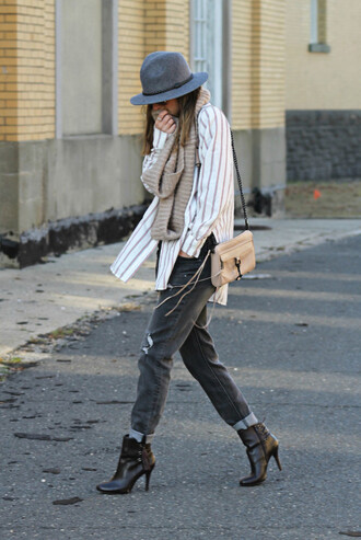 to be bright blogger top jeans hat bag scarf shoes
