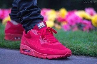 nike pink shoes air max