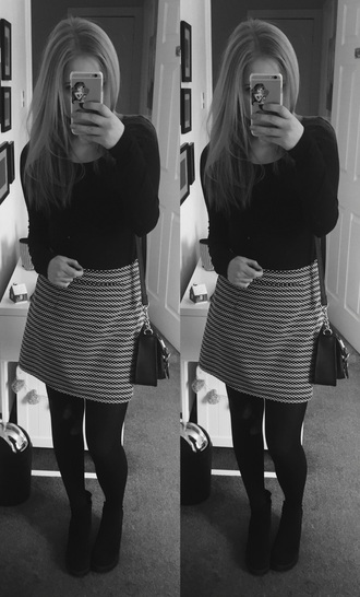 skirt fashion toast fashion black and white pattern summer outfit tumblr outfit cute outfits outfit idea outfit goals ootd cute simple style tumblr tumblr clothes tumblr shirt tumblr girl tumblr shoes tumblr top heels boots topshop forever 21 h and m tights tight missguided boohoo.com me how i met my outfit pinterest ariel phone case blonde hair black white