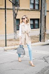 see anna jane,blogger,sunglasses,beige jacket,sleeveless coat,skinny jeans,grey bag,white blouse,coat,sain laurent bag,sleeveless trench,grey stachel,white shirt,saint laurent,blue jeans,blue skinny jeans,brown sunglasses,suede pumps