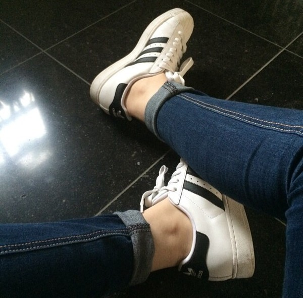 shoes adidas white black