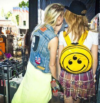 bag smley backpack grunge soft grunge punk 90s style smiley