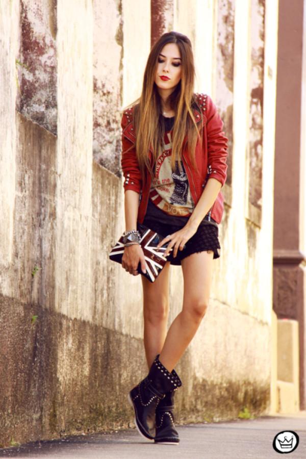 fashion coolture t-shirt jacket skirt bag jewels shoes