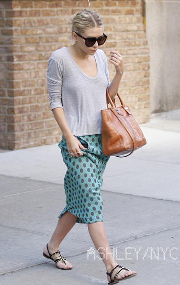 ashley olsen olsen olsens blue skirt grey skirt