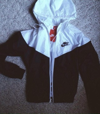 jacket nike black white raincoat