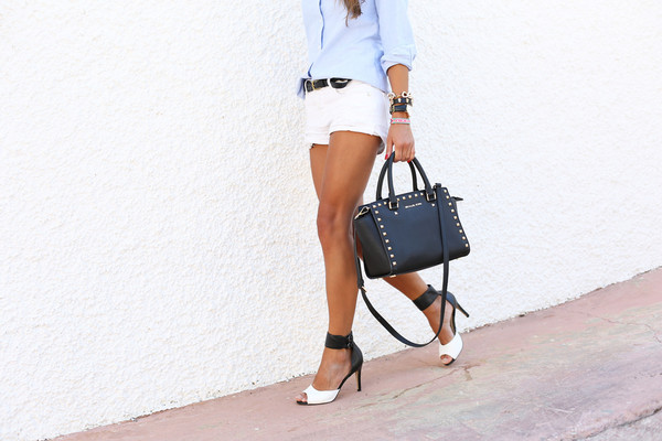 seams for a desire shoes belt bag jewels sunglasses high heels stradivarius shorts michael kors classy preppy summer outfits blogger denim shorts bracelets