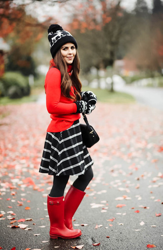 dress corilynn blogger hat gloves skirt sweater shoes tights bag beanie fall outfits wellies plaid skirt red sweater knitted gloves pom pom beanie