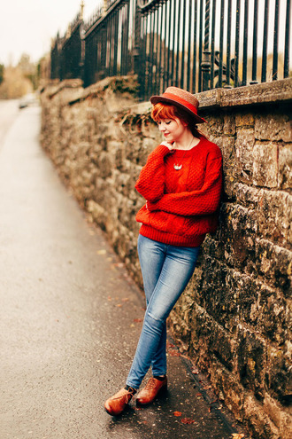 the clothes blogger jeans red sweater knitted sweater straw hat