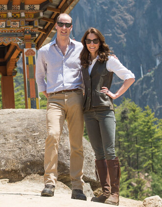 blouse shirt kate middleton boots jeans vest jacket spring outfits shoes