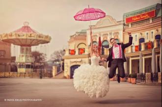 jewels umbrella earrings umberrella pink wedding dress cute vintage umbrella light pink super cute wedding white black