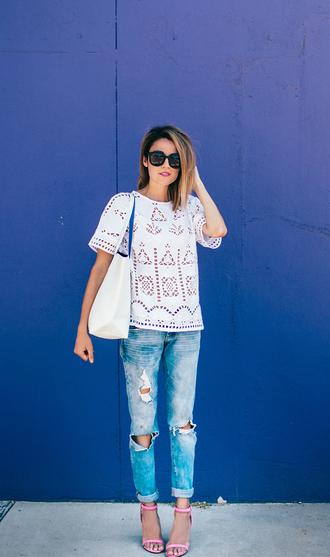 hello fashion blogger top shoes sunglasses bag tank top shorts