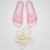 shoes,fenty by rihanna,slide shoes,fenty x puma,puma fenty,fenty x puma rihanna,pink shoes,pink sandals,jellies,accessories,summer accessories